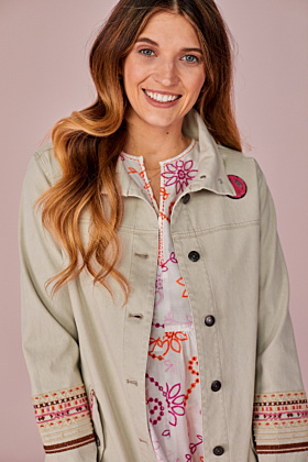 Fieldjacket mit Stickerei