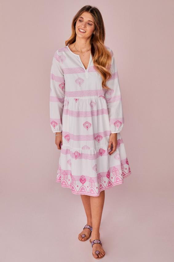 Kleid Allover Stickerei
