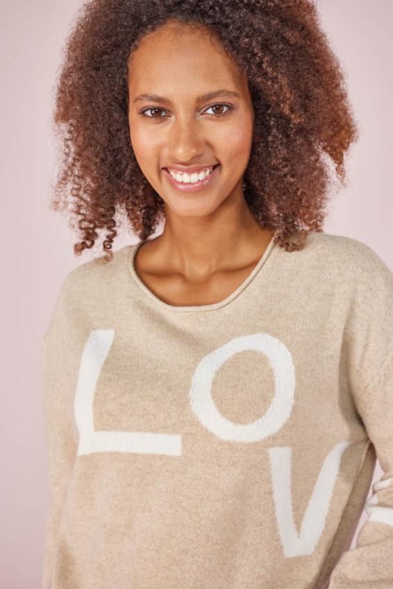 Pullover Love Schriftzug